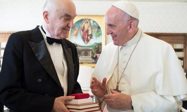 Papa Francisc, Corpului Diplomatic: relațiile dintre țări nu pot fi dominate de forța militară