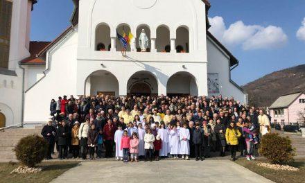 """""""Aș vrea să te iubesc așa cum te iubește Dumnezeu"""": Întâlnirea Eparhială a Familiilor"""