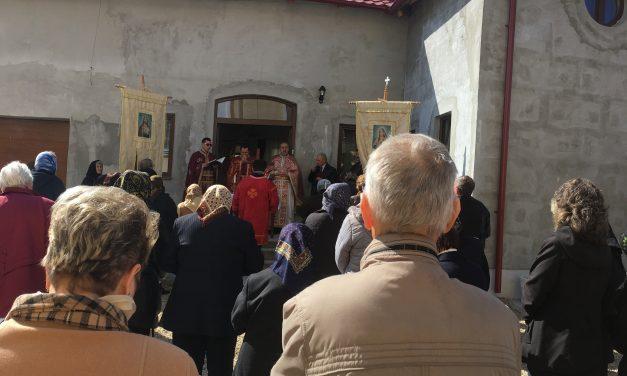 """Sfințirea casei parohiale din Haieu – Băile """"1 Mai"""""""