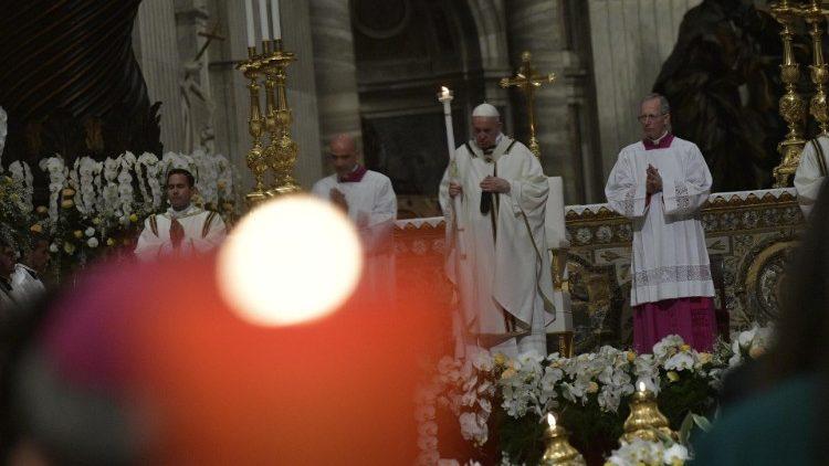Papa Francisc, Paști 2019: Cristos a înviat și ne cere să părăsim mentalitatea de cimitir