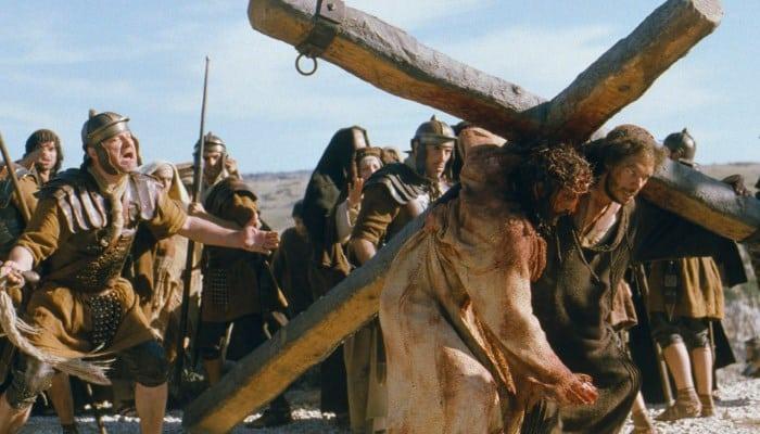 JOI ÎN SĂPTĂMÂNA A IV-A DIN POSTUL MARE – Mc 15, 16-32