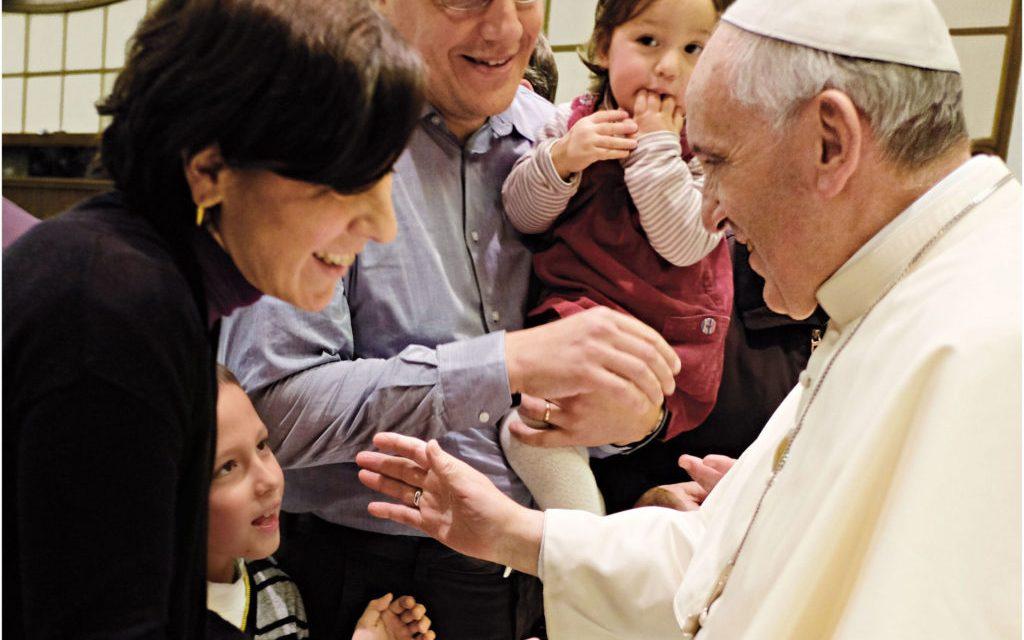 Cateheză pregătitoare: Papa Francisc și familia