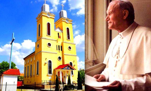 Semn al vizitei Papei Ioan Paul al II-lea în România