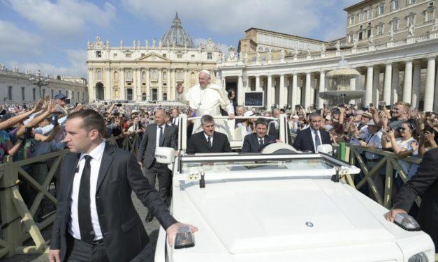 Prima audiență generală a Papei Francisc după vizita în România