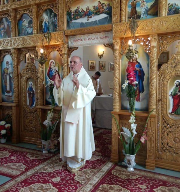 Preasfinţitul Virgil a slujit în parohia greco-catolică din Ghenetea Duminică, 30 iunie,