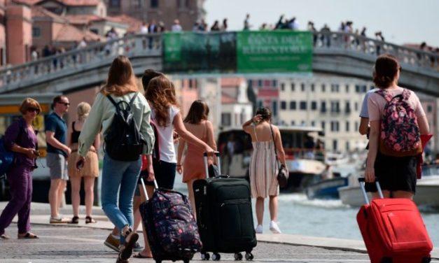 """Ziua Mondială a Turismului 2019: """"Turismul şi munca: un viitor mai bun pentru toţi"""""""
