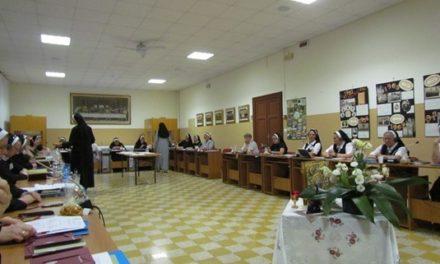 Ordinul Surorilor Sfântului Vasile cel Mare condus de o soră din România
