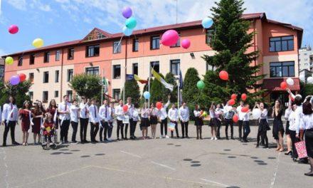 """Liceul """"Don Orione"""" Oradea, o școală cu și despre valori!"""
