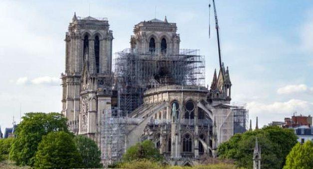 Refacerea Catedralei Notre-Dame să respecte finalitatea ei religioasă și cultuală
