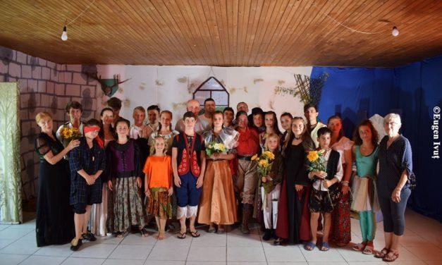 Tabăra de vară de la Holod 2019: teatru, oameni, locuri și frumuseți