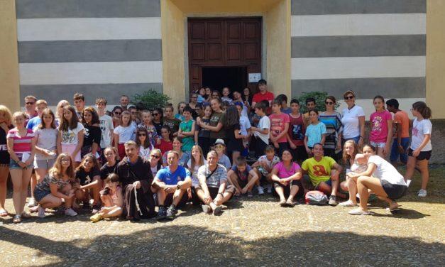 """Elevii Liceului """"Iuliu Maniu"""" în tabără de vară cu tinerii italieni la Monterosso"""