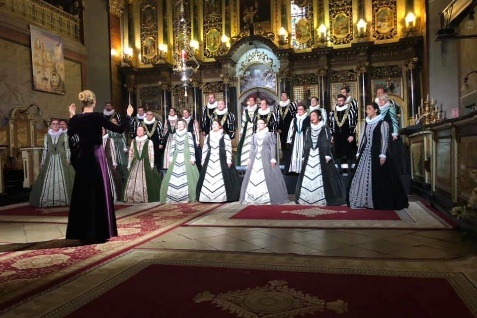 """Corul Madrigal, în Catedrala """"Sfântul Nicolae"""""""