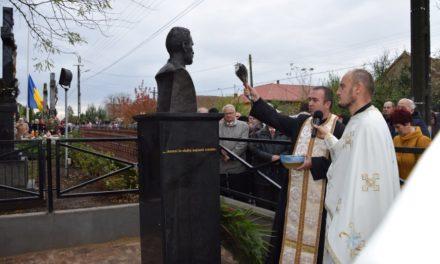Sfințirea bustului părintelui Gheorghe Mureșan la Moftin
