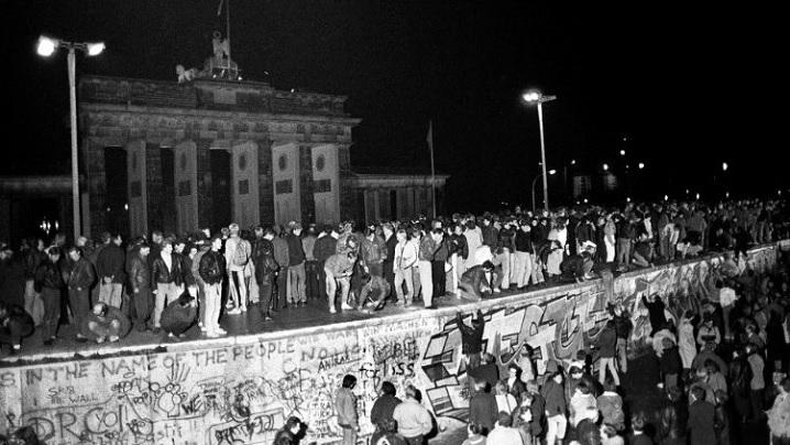Împreună, pentru o Europă liberă şi unită: episcopii Comece, la 30 de ani de la căderea zidului Berlinului