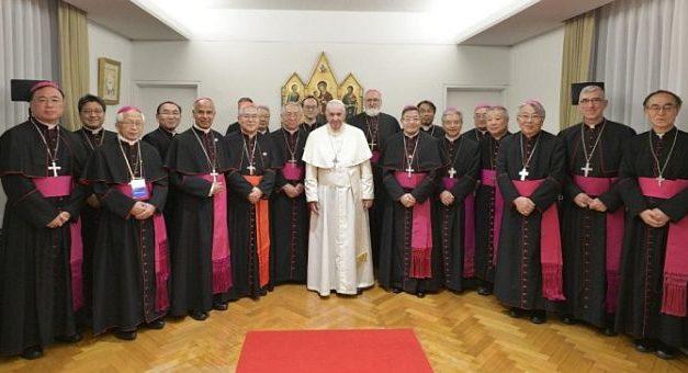 Papa Francisc a ajuns în Japonia, unde spera în tinerețe să fie misionar