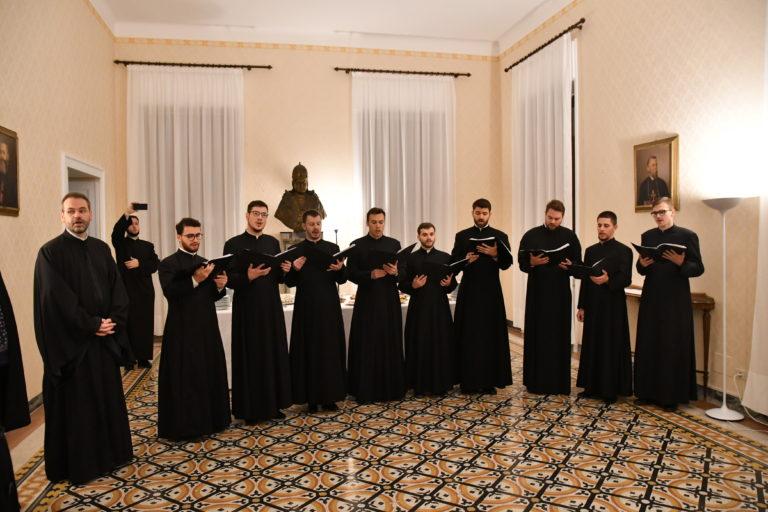 Prezentare de carte şi Concertul de colinde al studenților Colegiului Pontifical Pio Romeno