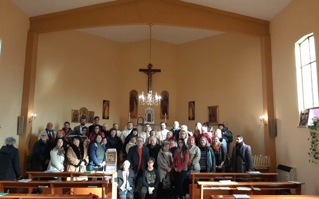 Cardinalul Bassetti în vizită la comunitatea românească din Umbria
