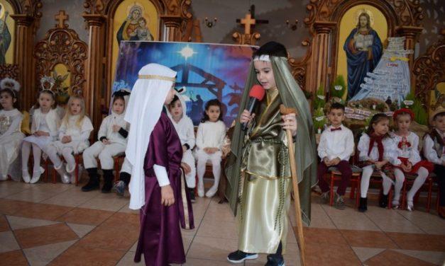 """Serbare de final de an la Grădinița Don Orione – """"Poveste de Crăciun"""""""