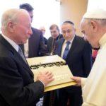 Papa, Centrului Simon Wiesenthal. Să colaborăm la cultivarea pământului fraternităţii şi al păcii
