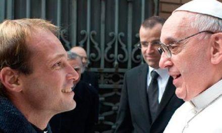 Papa Francisc și-a ales un nou secretar