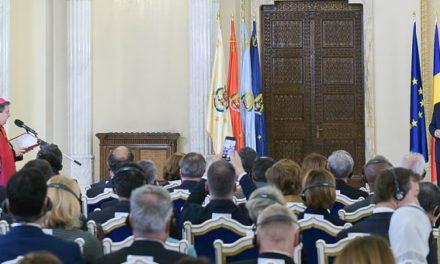 Vizita Papei Francisc în România, evocată de Nunțiul Apostolic și de președintele României