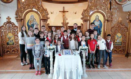 Să ne rugăm Rozarul alături de copii