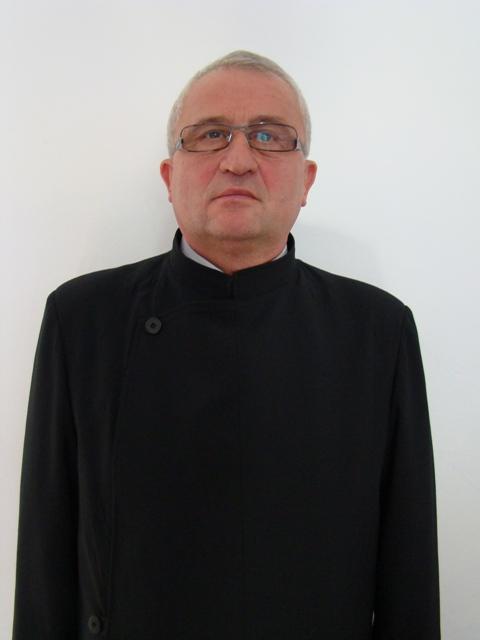 A trecut la Domnul Părintele Gheorghe Vasile Pop, paroh în Nufărul