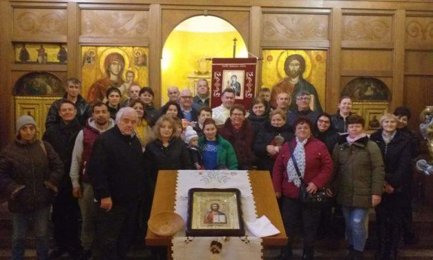 Biserica sărbătorește Prezentarea lui Isus în templu