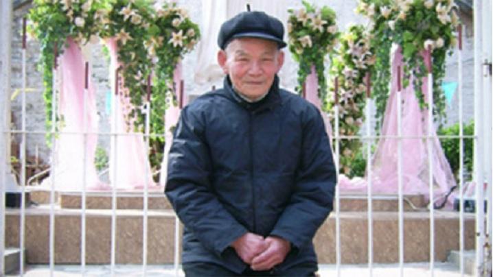 Episcopul de 98 de ani care a învins coronavirusul
