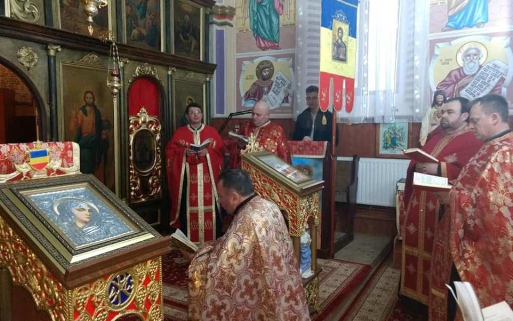 Calea Crucii în Parohia Sânlazăr