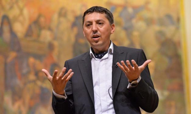 "Universitatea ""Babeș-Bolyai"" și-a ales noul rector"