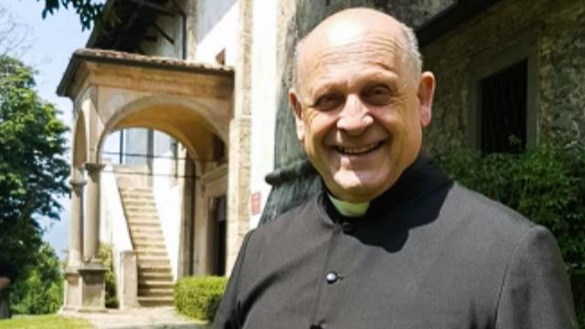 Părintele Giuseppe Berardelli, a murit renunțând la aparatul respirator pentru a-l da unuia mai tânăr
