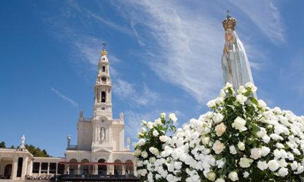 România, consacrată Sfintei Fecioare Maria, la Sanctuarul de la Fatima