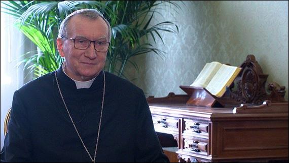 """Pandemie, cardinalul Parolin: """"În pofida fricii, să nu ne închidem în noi înşine"""""""