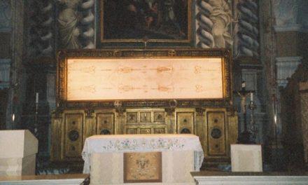 Giulgiul din Torino va fi expus online în Sâmbăta Mare