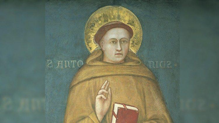 Papa, Fraţilor Minori Conventuali: Urmaţi exemplul sfântul Anton, model de dăruire fraternă
