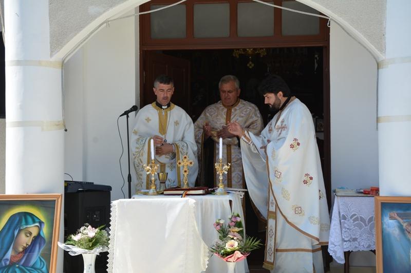 Instalarea noului paroh la Ioaniș