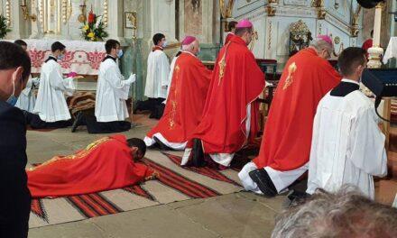 Un nou episcop auxiliar pentru Arhidieceza Romano-Catolică de Alba Iulia