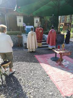 """Sărbătoarea""""Înălțării Sfintei Cruci"""" la Stânceni"""