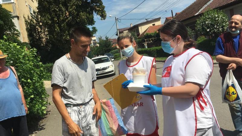 Voluntar în pandemie