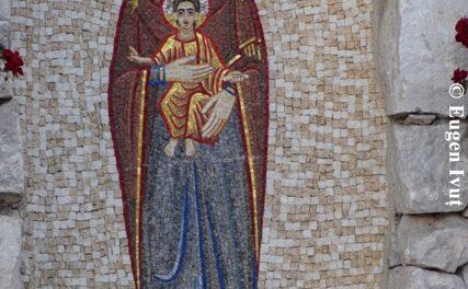 Maria ne cheamă: O zi din luna octombrie cu Sfânta Fecioară Maria