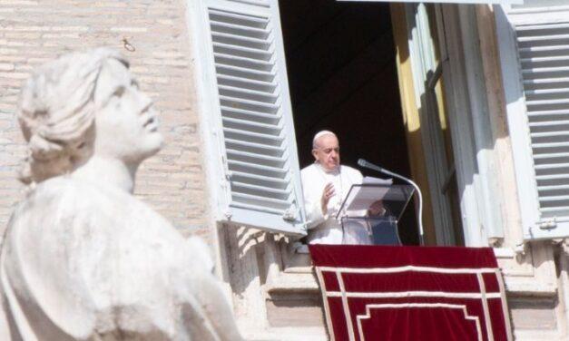Papa Francisc anunță un consistoriu pentru crearea a 13 cardinali