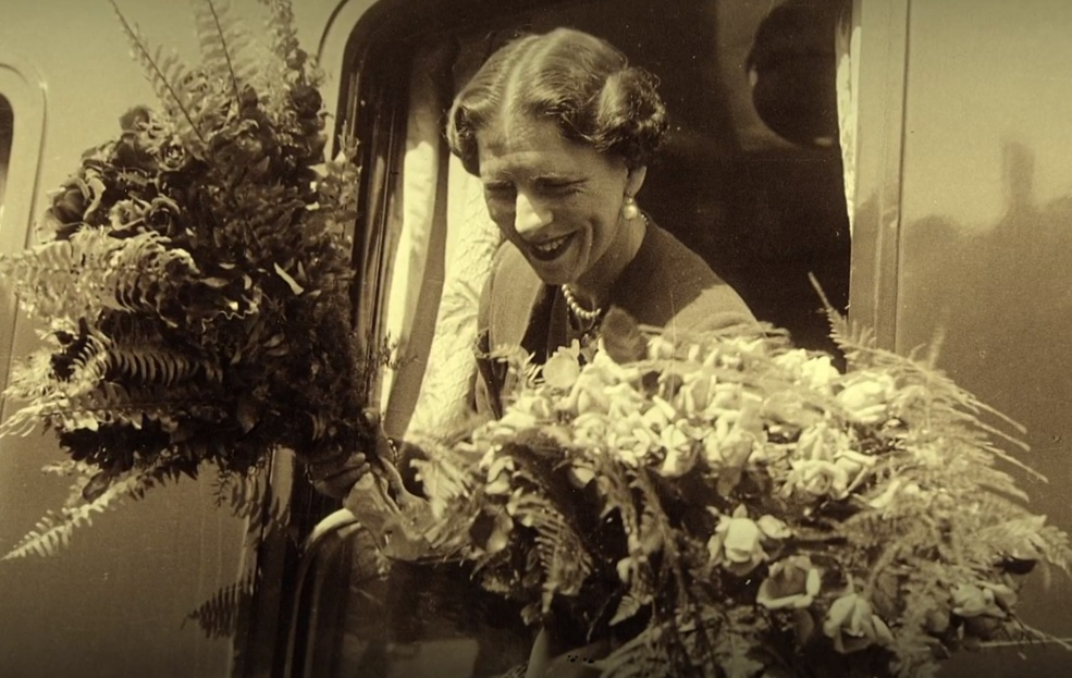 Regina-Mamă Elena va da numele unui loc public din Florența