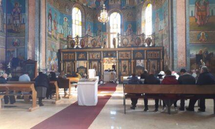 Reluarea sfintelor slujbe în Biserica din Vintere
