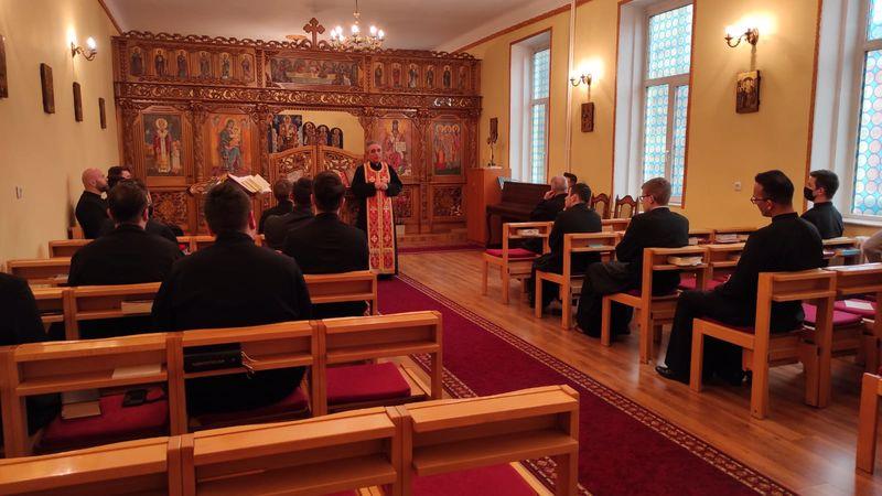 Părintele Gavril Buboi, Protopop de Oradea, a vizitat Comunitatea Seminarului