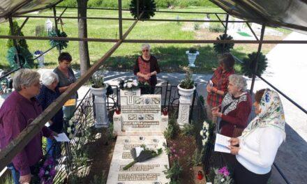 Pelerinaj la mormântul Rafilei Găluț
