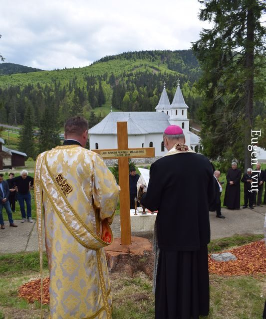 Sfințirea pietrei de temelie a Mănăstirii greco-catolice de la Stâna de Vale