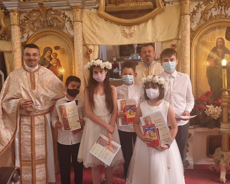 Parohia greco-catolică din Săuca în sărbătoare: Prima Împărtășanie solemnă