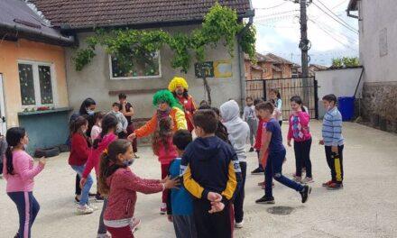 O zi plină de culoare pentru copiii din Ioaniș