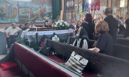 Prima înmormântare în noua capelă mortuară din Vintere